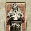 Château de Versailles, cour de marbre, buste de Vénus, Vdse 83 03.jpg