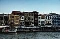 Chania - přístav, Kréta - panoramio.jpg