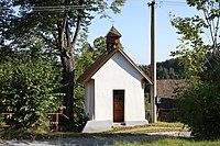 Chapel in Hradcany, part of Bosice village in 2011.JPG