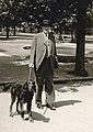 Charles Hauter et son chien.jpg