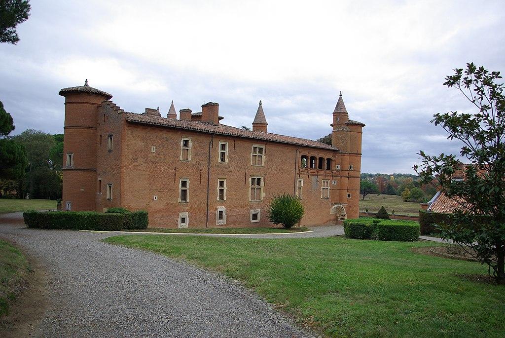 Chateau de Pibrac E.jpg