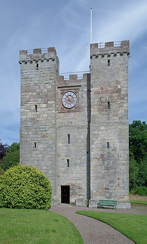 Preston Tower (Northumberland) - Image: Chathill MMB 03 Preston Tower
