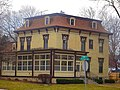 Chester A. and Della Caswell House - panoramio.jpg