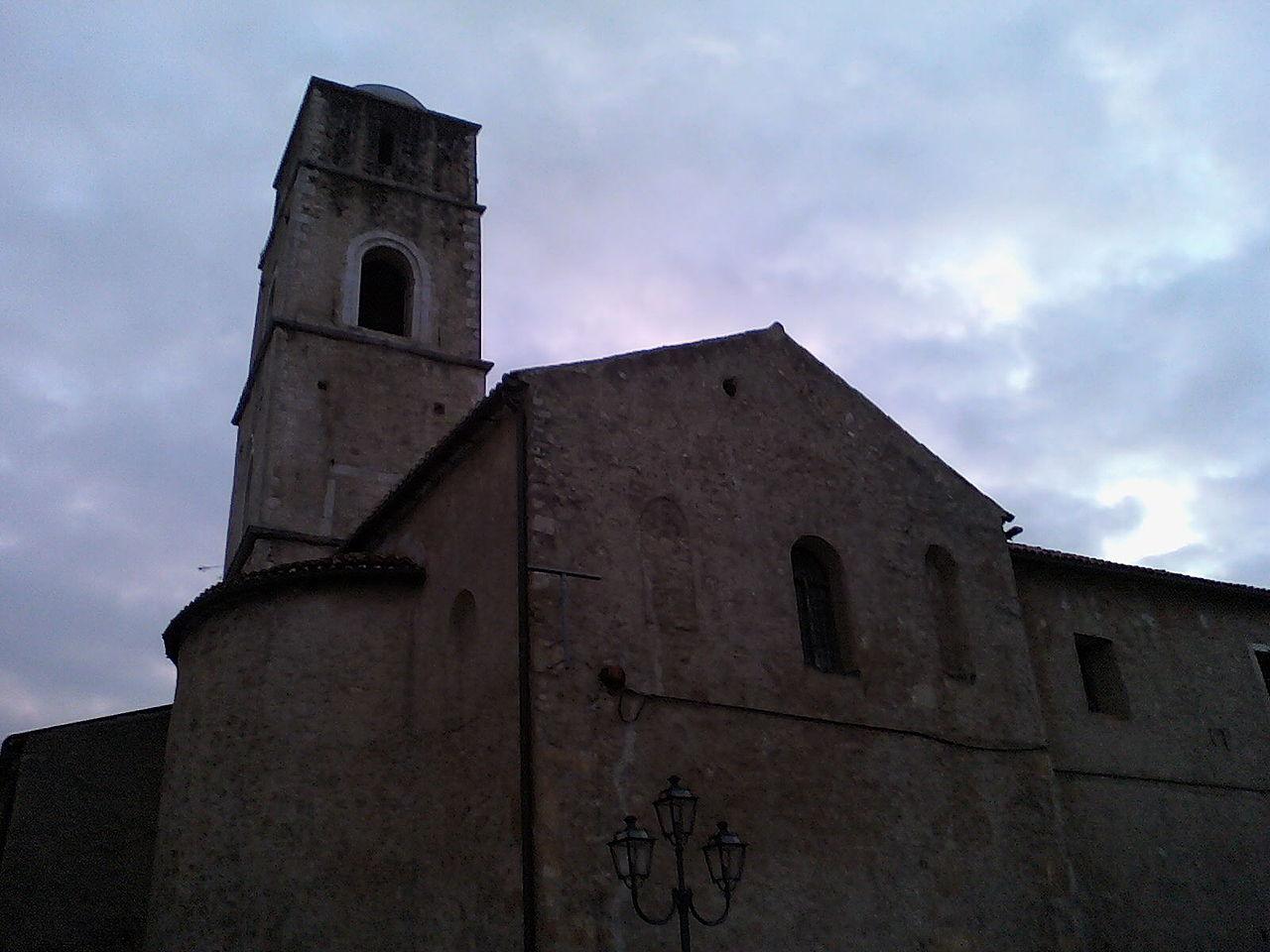Chiesa di San Pietro a Teggiano.jpg