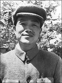 Hu Qiaomu contemporary of founders of Peoples Republic of China