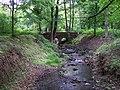 Chlumec, U zámeckého rybníka, most přes Ždírnický potok (02).jpg