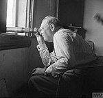 Churchill italian front 1944.jpg