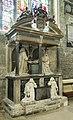 Cirencester, St John the Baptist church, Monox Monument (31467822248).jpg