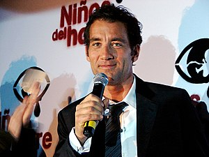 Clive Owen - Owen at the Children of Men premiere in Mexico City, 2006