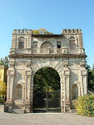 Collecchio - Arco del Bargello.