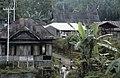 Collectie NMvWereldculturen, TM-20021987, Dia- 'Dorpsgezicht in de omgeving van Bukittinggi', fotograaf Jaap de Jonge, 1986.jpg