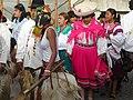Comparsa delAya Uma con mujeres Kichwas-Kayambe.jpg