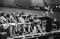 Componist-dirigent Peter Schat tijdens een repetitie, Bestanddeelnr 922-5362.jpg