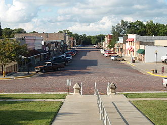 Cottonwood Falls, Kansas - Looking northward toward the business district, as seen from Courthouse steps (2009)