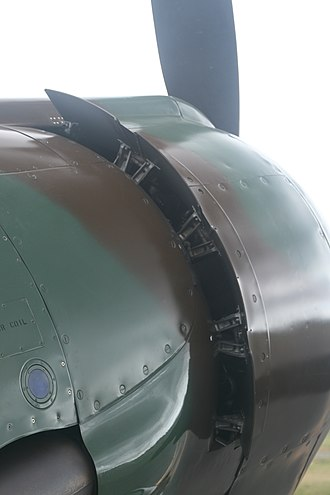 Aircraft engine controls - Image: Cowl flaps (rear)