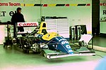 Damon Hill`s Williams FW15C in the pit garage at the 1993 British Grand Prix (32873539143).jpg