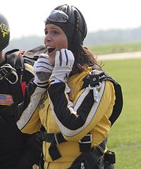 Dana Jacobson skydiving with Army Golden Knights 6-30-08.jpg