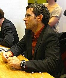 David Pujadas au Salon du Livre de Paris le 14 mars 2009