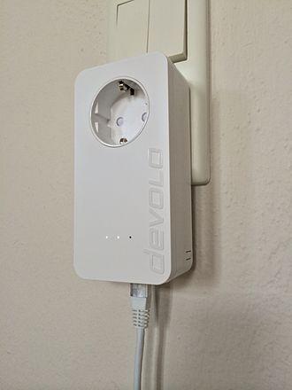 Power-line communication - Image: Devolo d LAN650