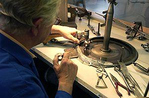 Lavorazione di un diamante per oreficeria