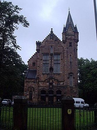 Crosshill, Glasgow - Image: Dixon Halls geograph.org.uk 965229