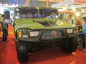 "Humvee manufacturing in China - A Dongfeng (lit. ""Eastwind"") EQ2050 at the Manila International Auto Show 2013."