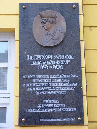 Sándor Kopácsi - Commemorative plaque of Sándor Kopácsi in Budapest District VIII, Corvin Alley No 1 (Corvin Movie Theater)