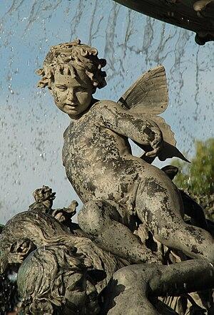 """Figur am Brunnen """"Stille Wasser"""", Albertplatz Dresden"""