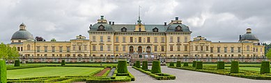 Drottningholm palace August 2012.jpg