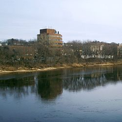 Eau Claire - Chippewa River looking south east.jpg