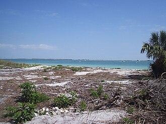 Egmont Key State Park and National Wildlife Refuge - Image: Egmont Key 03
