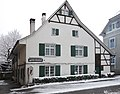 Ehemaliges Schulhaus, Hauptstrasse 25, Oberwil.jpg