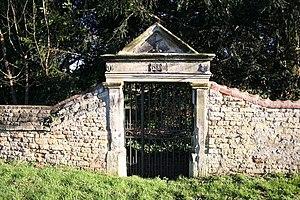 Fulbeck - Elizabethan gateway near Fulbeck Hall