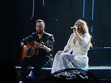 Ellie Goulding si esibisce nel 2016 alla O2 Arena di Londra