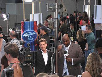 Elliott Yamin - Yamin on May 24, 2006, back stage at American Idol