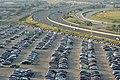 Estacionamiento aeropuerto de Toronto (9735346228).jpg