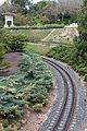 Estreita vía do tren en Port Aventura. Cataluña -B43.jpg