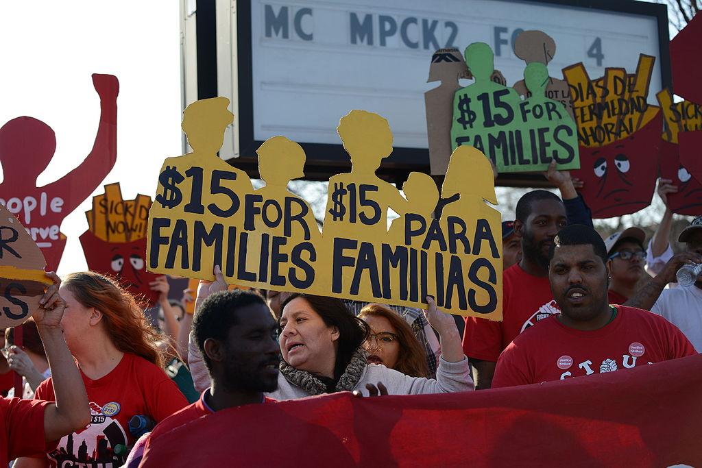 protesta lavoratori fast food
