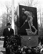 Felix de Weldon at the Marine Memorial dedication in Belleau Wood