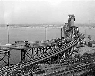 Second Narrows Bridge - The original Second Narrows Bridge in 1926
