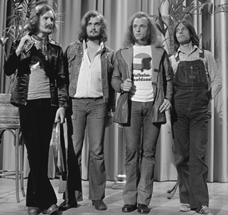 Focus (band) - The 1973–1975 line-up on the Dutch television show Top Pop in April 1974, with drummer Colin Allen on far right.