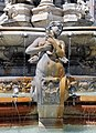 Fontaine des Jacobins II (Détail).jpg