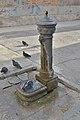 Fontana di ghisa Corte della Cazza Venezia.jpg