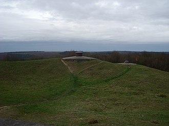Fort Douaumont - Image: Fort Douaumont defenses