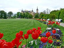 Frühling im Schlossgarten.jpg