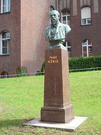Franz König (surgeon) - Monument to Franz König in Charité University Hospital in Berlin