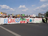 Front of the FridaysForFuture protest Berlin 24-05-2019 118.jpg