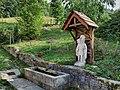 Géraise, la fontaine Saint-Christophe à la Grange de Vaux.jpg