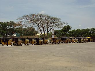 Gadwal - Auto-rickshaw stand outside Gadwal rail station