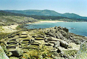 Spanish architecture - Celtic settlements in Galicia: Castro de Baroña.